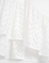 カットワーク刺繍トップ