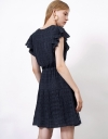 ラッフルのタイドフロントドレス