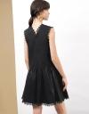 刺繍のギャザーシフトドレス