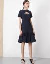 ギャザーのクロスラップドレス