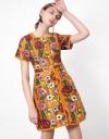 スクエアネックの手描き花柄ドレス
