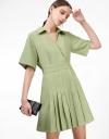 プリーツスカートのシャツカラードレス